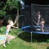 TOUT est encore plus amusant sur un trampoline